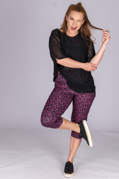 (R2W) Wine Jag Soft to Touch - Jogger Capris w/ Pockets