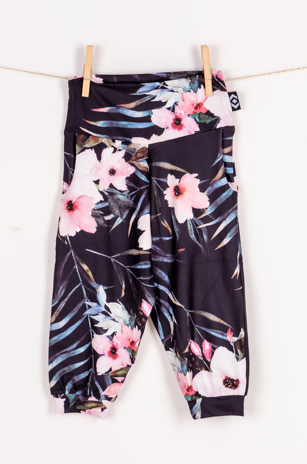 (R2W) Exotic At Heart Soft to Touch - Kids Jogger Capris