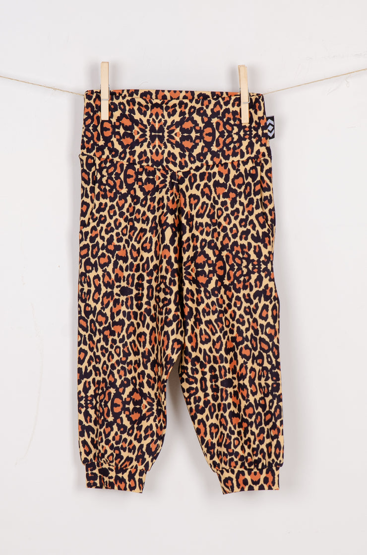(R2W) Find Your Wild Soft to Touch - Kids Jogger Capris