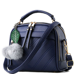 Ladies shoulder bag with leaf detail