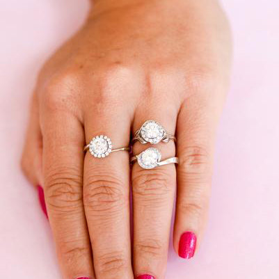 Striking Round Halo Engagement Rings