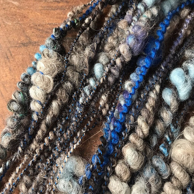 Smoky blue Art yarn