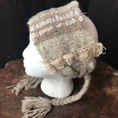 Pale beige hand woven headband with lace | Bandeau beige tissé avec dentelle - Mynoush