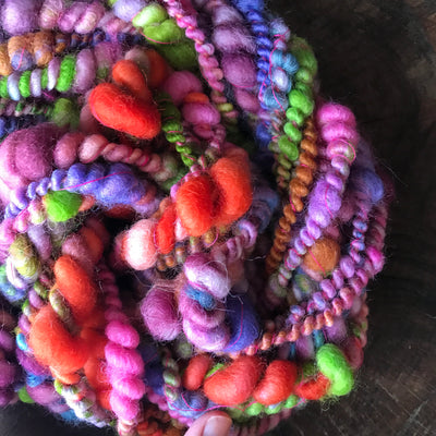Rainbow art yarn 100g 11y - Mynoush