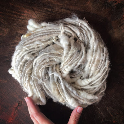 Natural white textured wool yarn 100 grams - Mynoush
