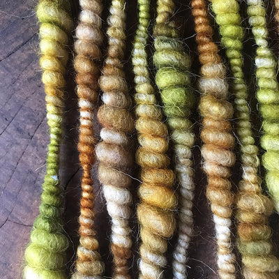Early autumn weaving yarn