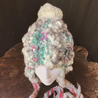 Hand knitted hat | Tuque blanche - Mynoush