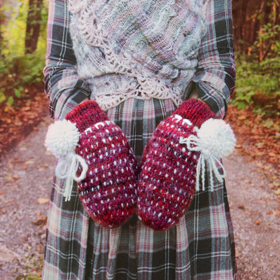 Red Thrummed mittens 100% wool| Mitaine thrummed 100% laine - Mynoush