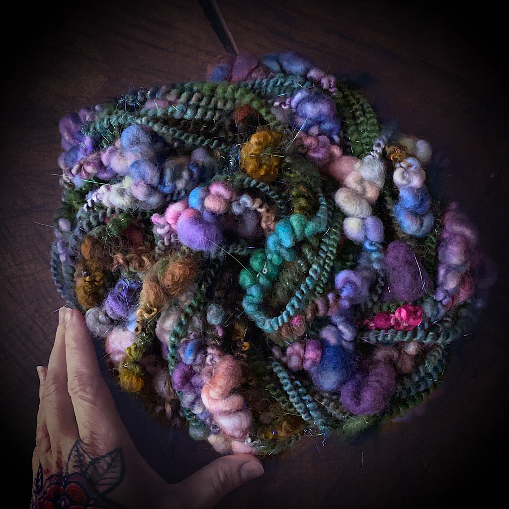 Enchanteresse Art yarn