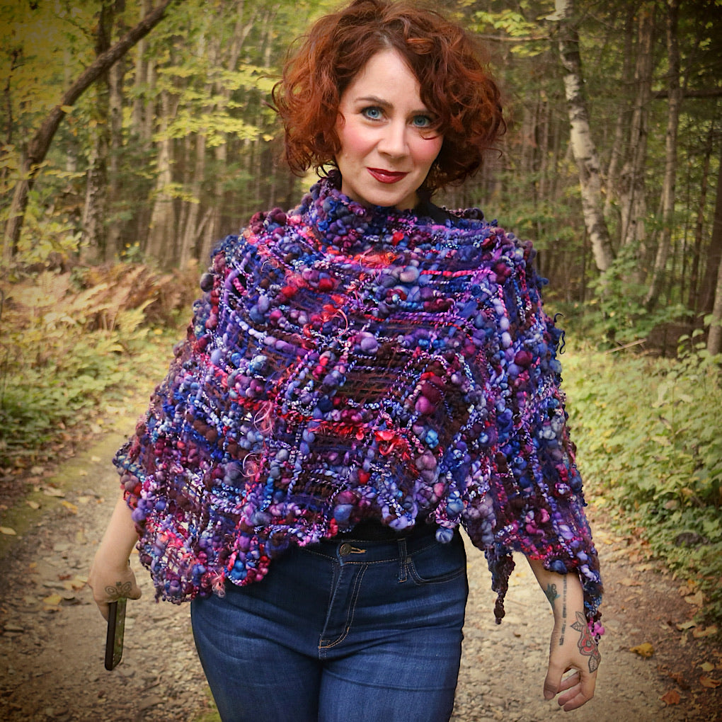 Nuit d'automne Woven Shawl