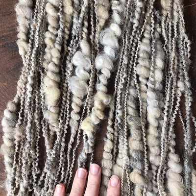 Au naturel grey Art yarn