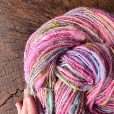 Pink bouquet - Hand spun yarn
