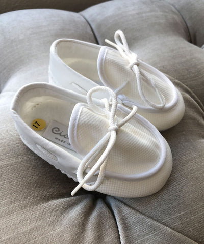 Ciccino Ivory Textured Baby Moccasins