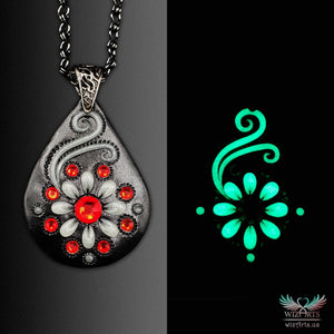 *Flowers of the Night* Black-Red Handmade, Glow-in-the-Dark Necklace - wizArts