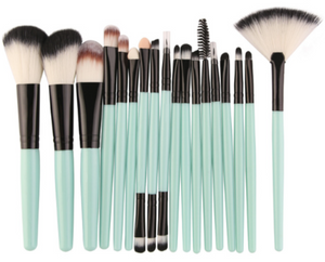Beauty Brush Refresh Kit
