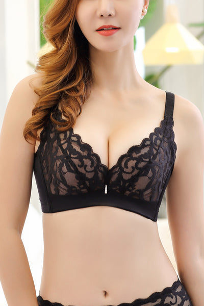 Silhouette Lace Wireless Bra #11529