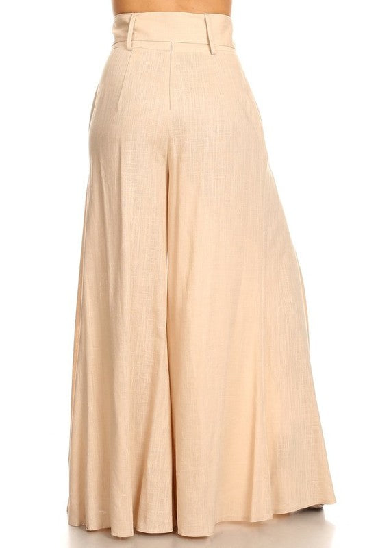 Solid, high rise pants with a belt and pleated detail