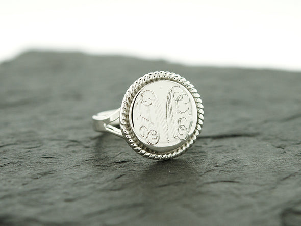 Round Circle Rope Nautical Monogram Ring