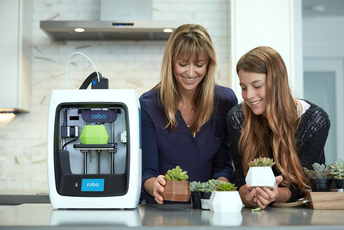 Robo 3D C2 Compact Smart 3D Printer with Wi-Fi