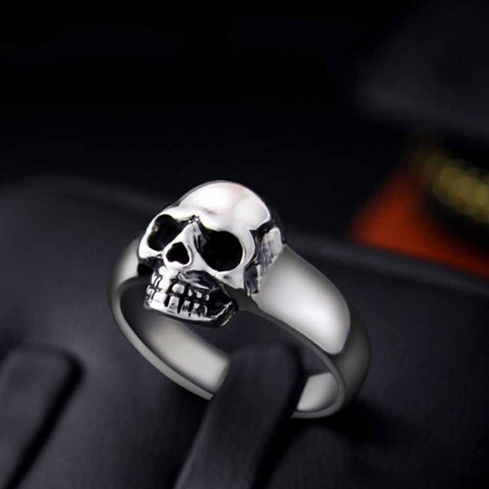Classic Skull Stering Silver Ring