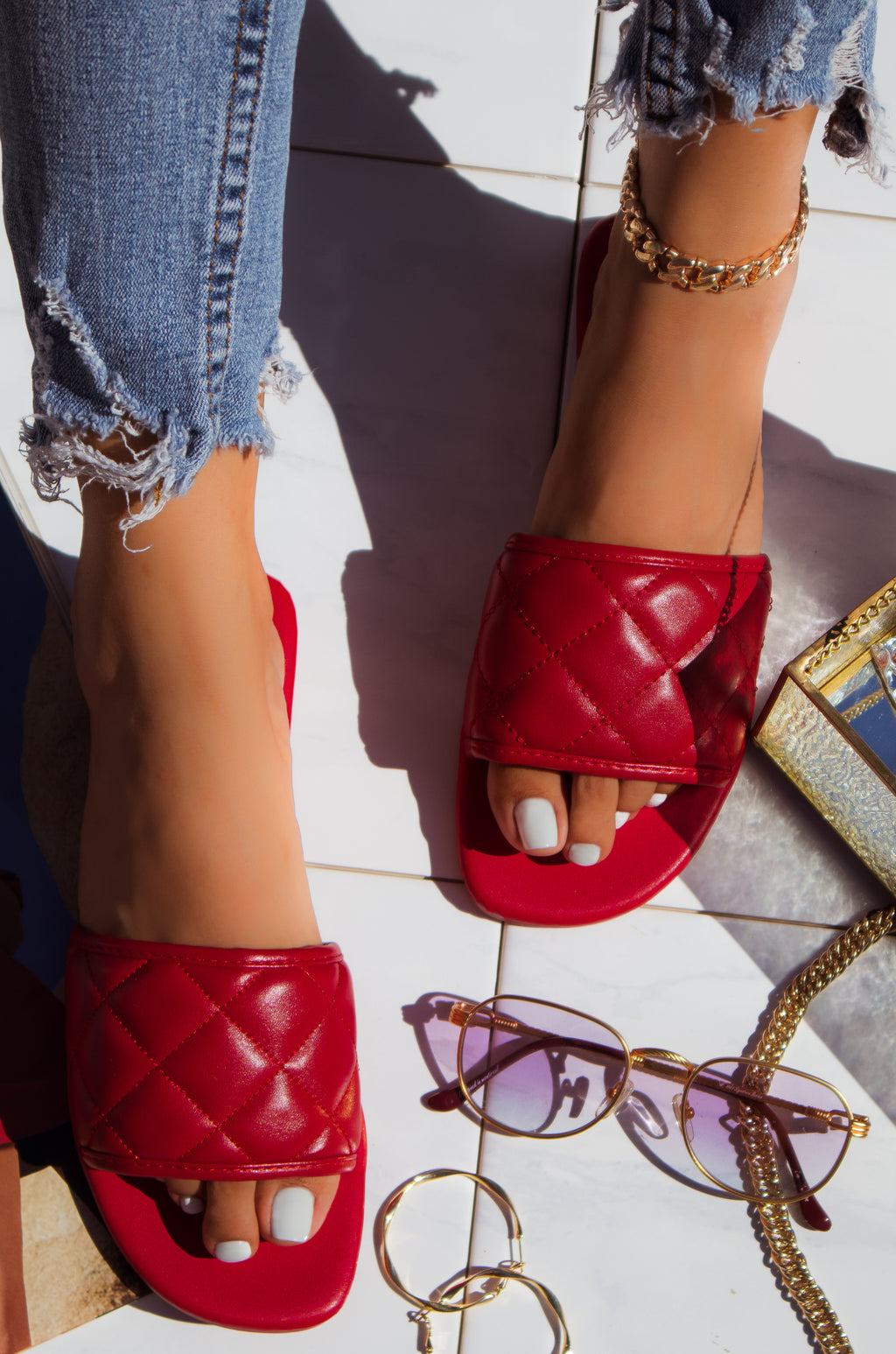 Amour - Red Sandals