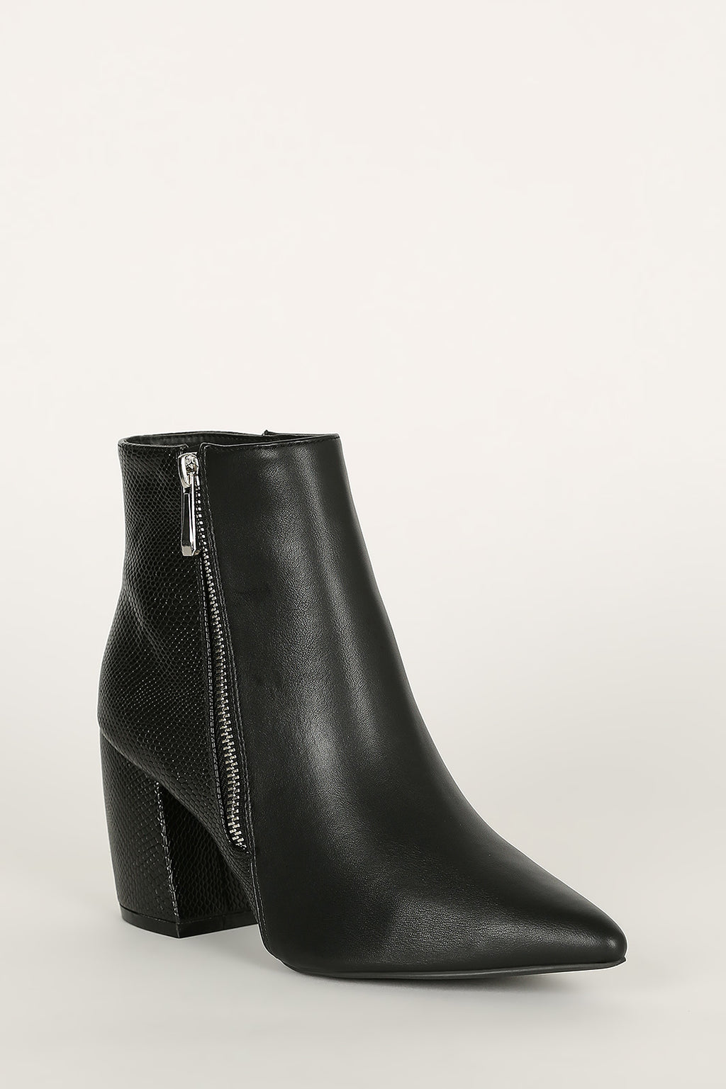 Bad Behavior - Black Pointed Toe Booties