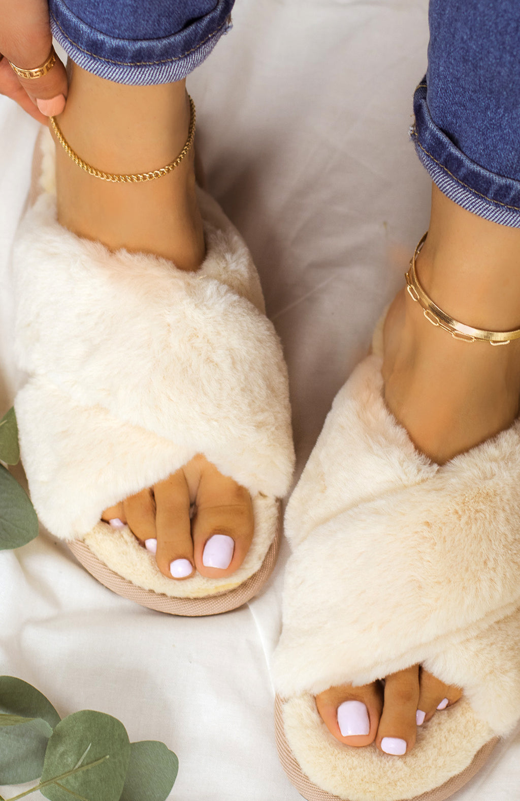 Easy Lounging - Beige Sandals