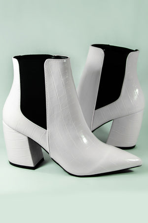End Game - White Crocodile Pointed Toe Bootie
