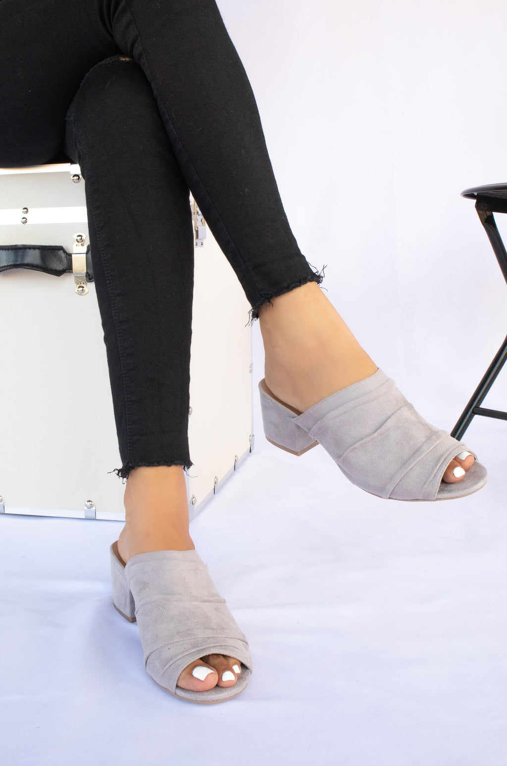 Heart Of Glass - Light Grey Low Block Mules