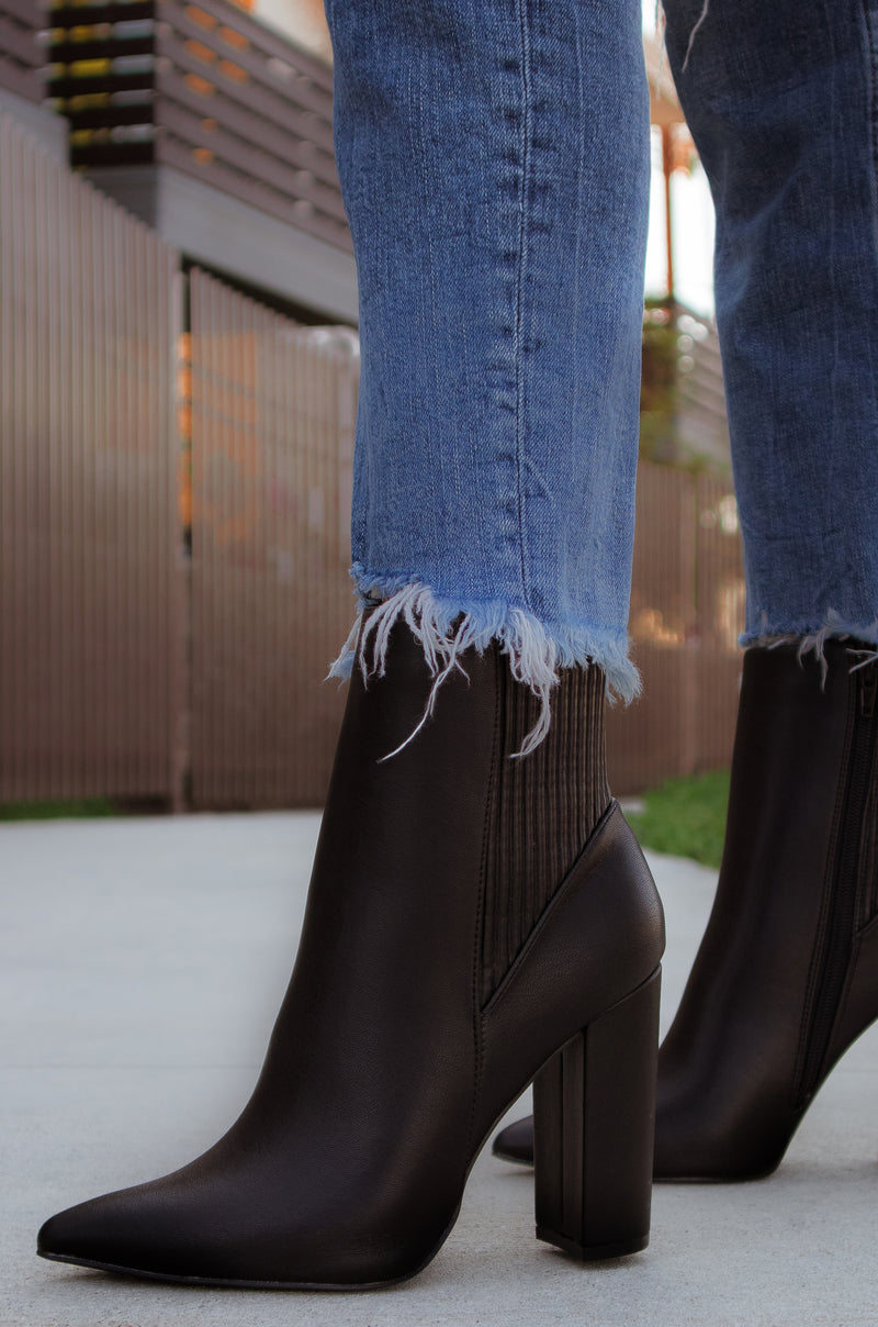 Iconic Love - Black Booties