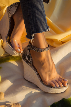 Island Affair - Snake Wedges
