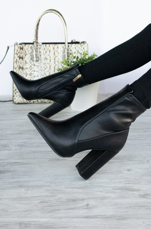 Insta Glam - Black Pointy Booties