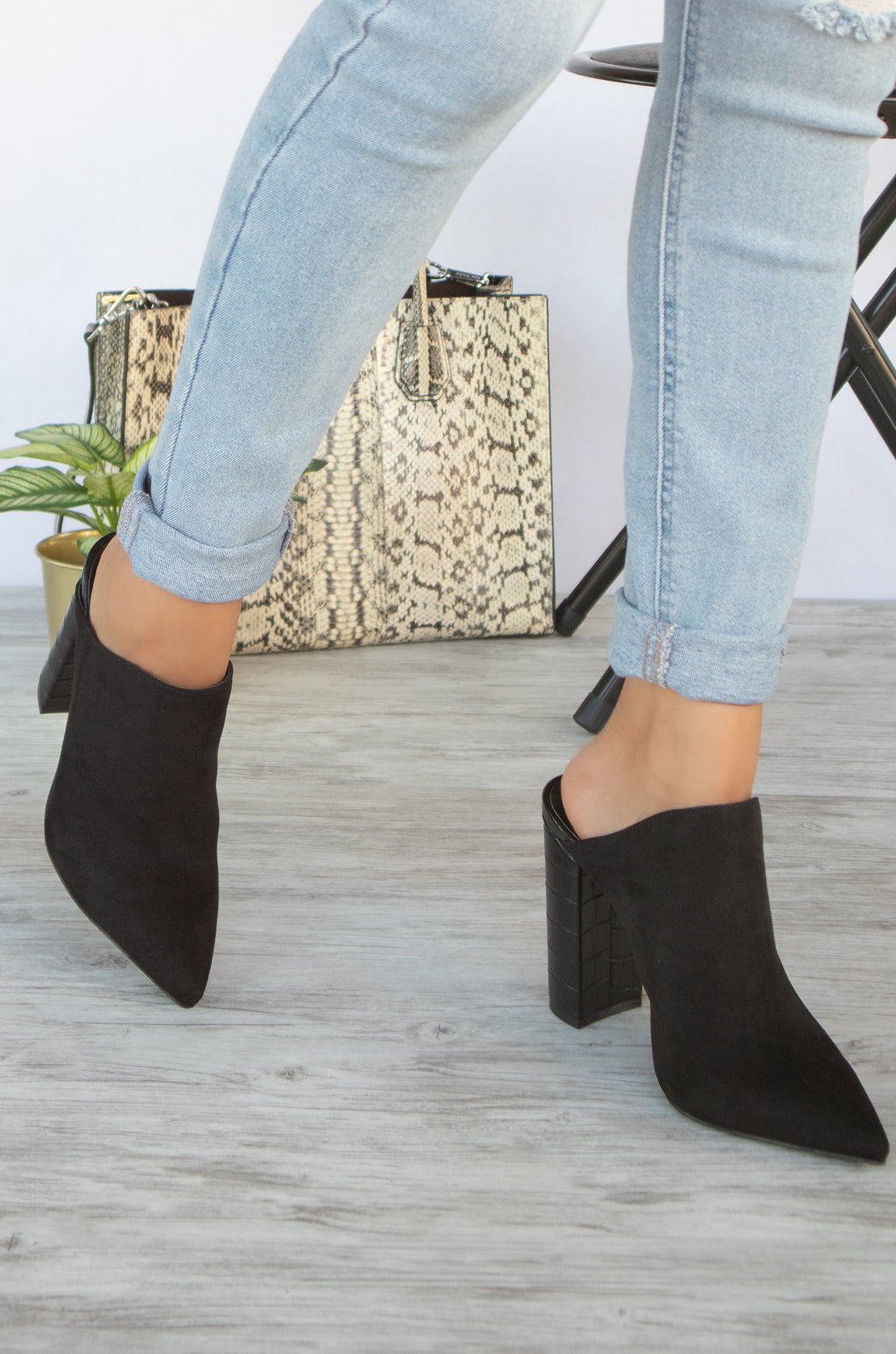 Miss Independent - Black Mule Heels