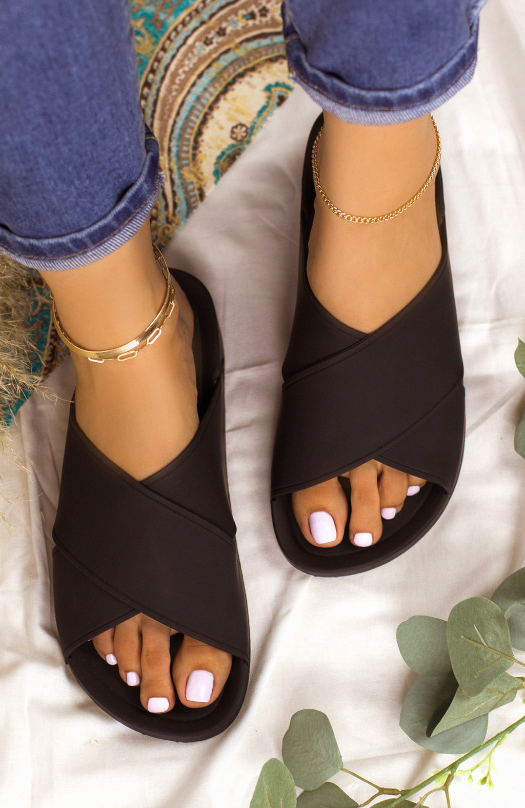 New Flame - Black Sandals