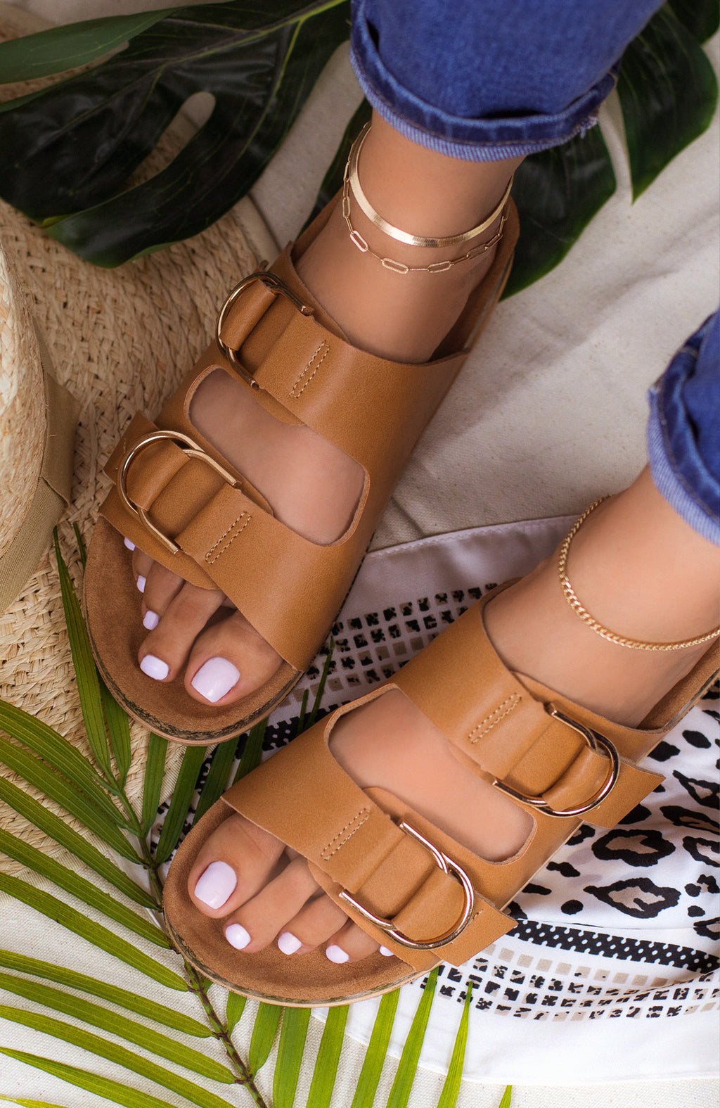 Seashell - Tan Sandals