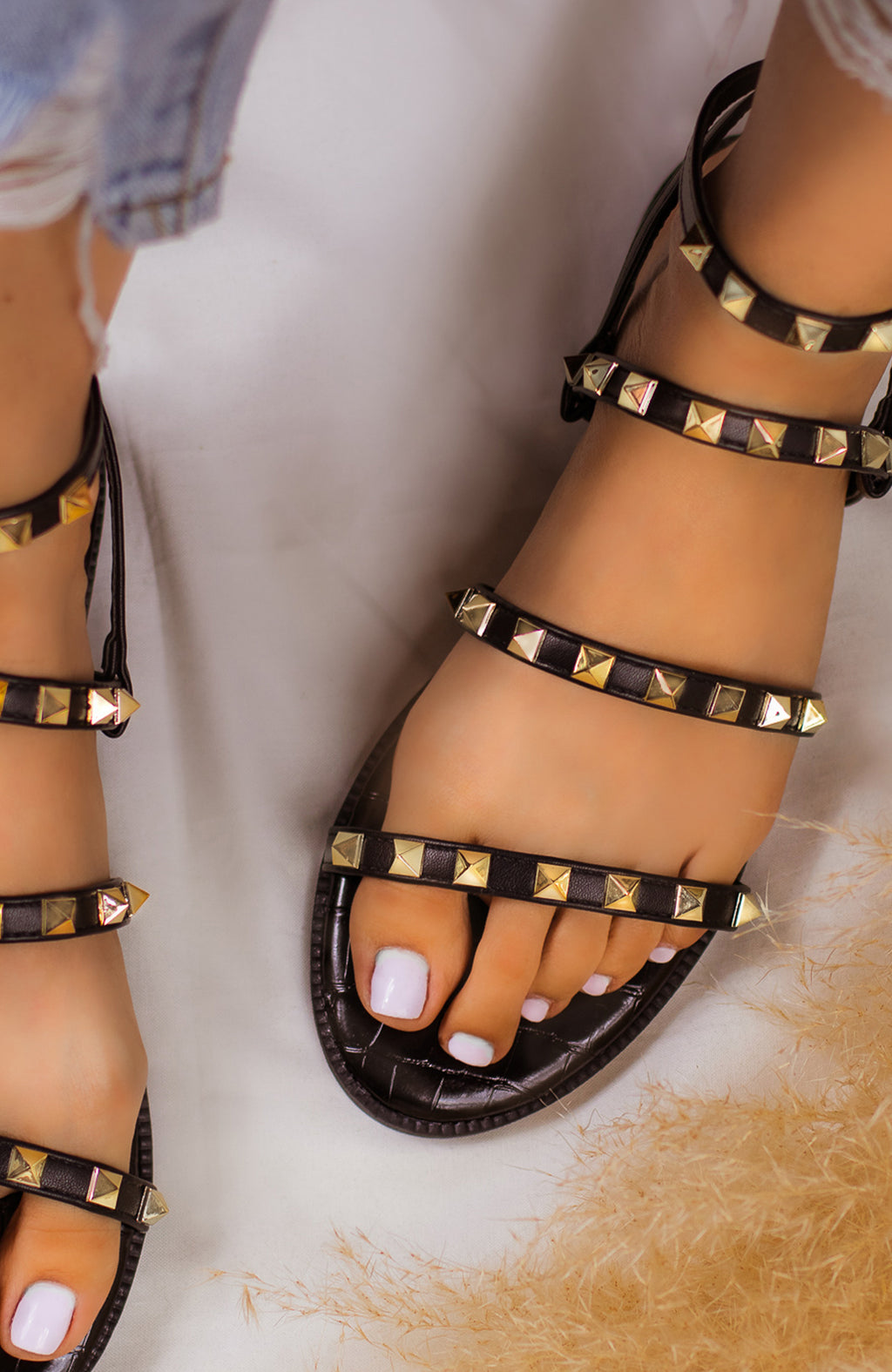 Super Posh - Black Sandals