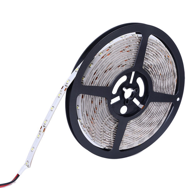 axGear Led Strip Cool White Waterproof 5050 Light 300 LEDs Flexible w/ Power Adapter 15Ft 5M