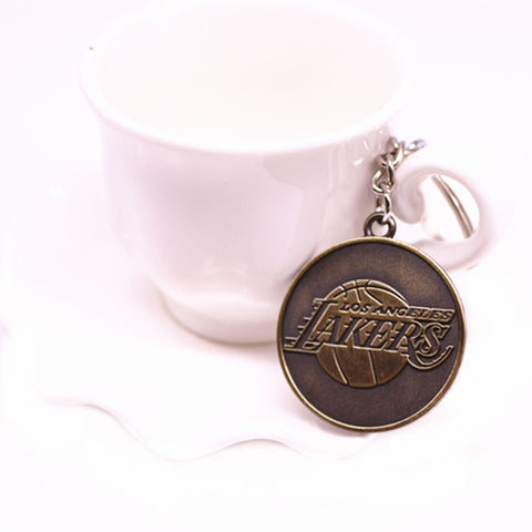 ! Basketball KeyChain Rockets Celtics lakers Bulls Cavaliers KeyRing Metal Key Holder for Fans Souvenir