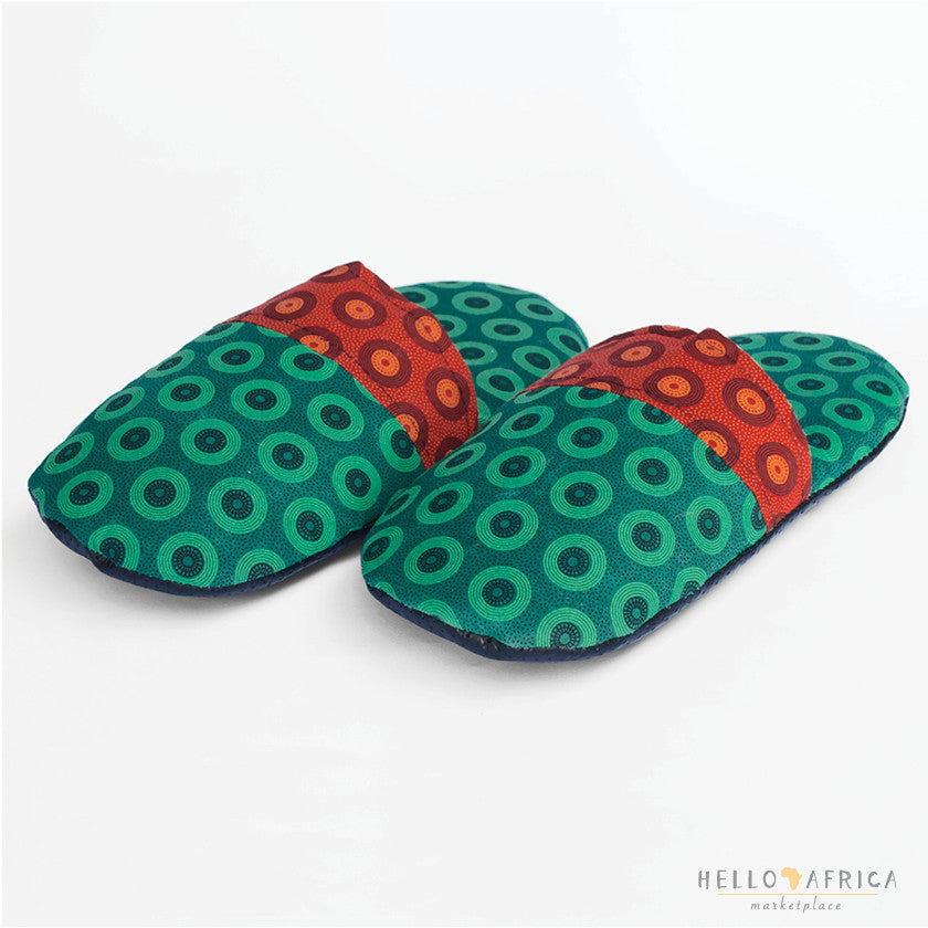 Unisex Slippers: Green