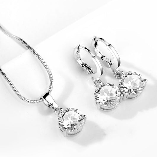 Elegant jewelry set with round cubic zircon. - Fabstyle Company