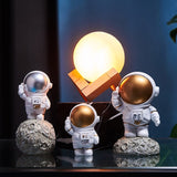 Load image into Gallery viewer, Nordic Resin Astronaut Figurine Decoration