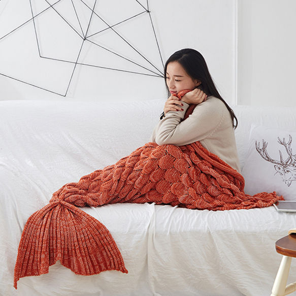 Knitted Mermaid Tail Blanket - inspirexpress.com