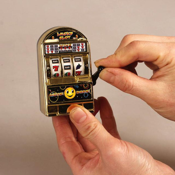 Mini Lucky Slot Finger Game