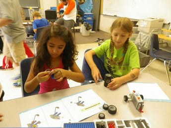 WeDo Robotics, LEGO Engineering (Half Day or Full Day with Rock Climbing): Suggested Ages 6-9