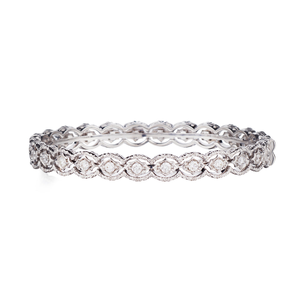TEXTURED DIAMOND BANGLE