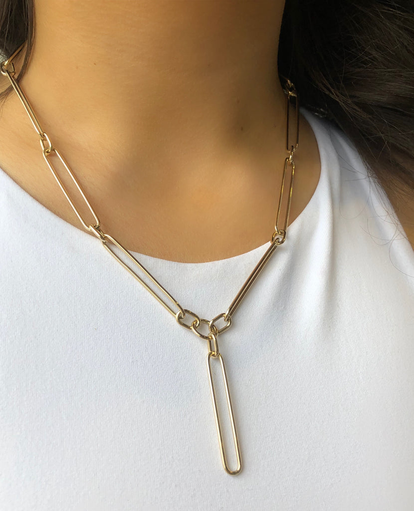 ELONGATED OVAL LINK LARIAT