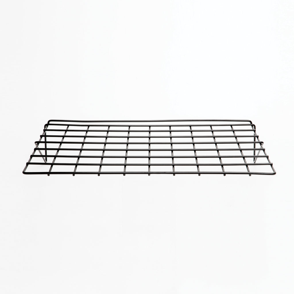Flat wire shelf of 3/16'' wire for slatwall.