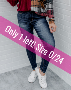 Watch Me Leave Skinnies - Dark Wash. dark wash high waist skinny jeans. only 1 left - size 0/24