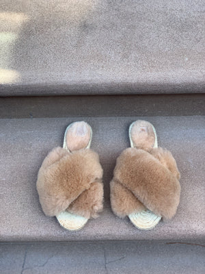 MEDI Sheepskin Slippers