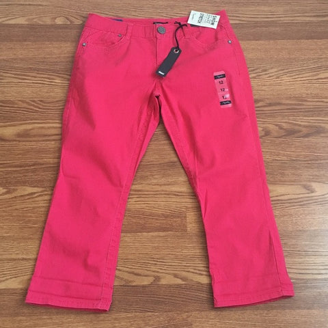 Red Denim Capris (NWT)